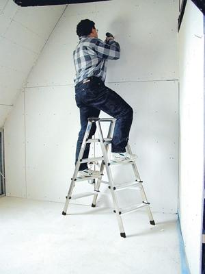 Лестница стремянка купить на выгодных условиях в Липецке